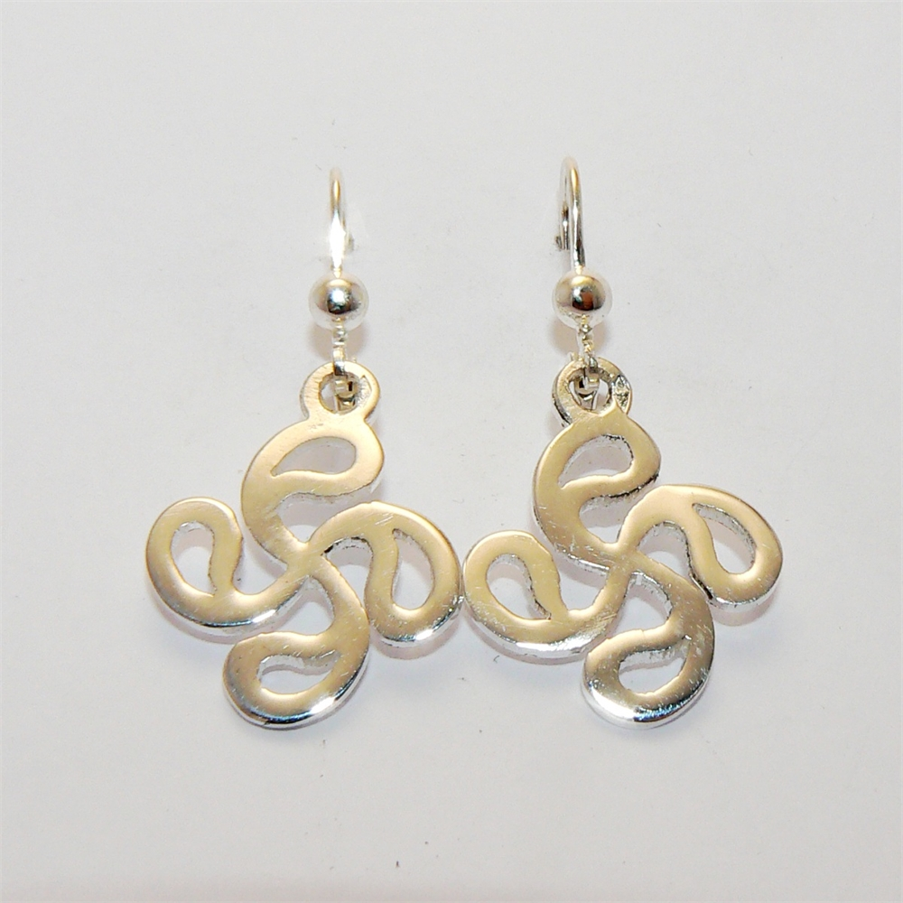 boucles d 39 oreilles pendantes decoupees bijoux basques rodon. Black Bedroom Furniture Sets. Home Design Ideas