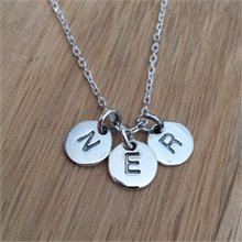 COLLIER + 2 MEDAILLES PAMPILLES LETTRES