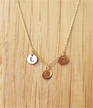 Collier 3 lettres