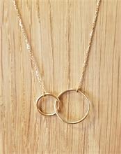 Collier anneaux entrelacés